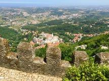 La visión desde el DOS Mouros de Castelo amarra el castillo fotografía de archivo libre de regalías
