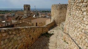 La visión desde la fortaleza en Calafell fotos de archivo
