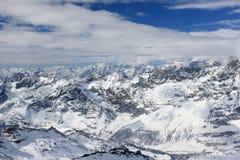 La visión desde Klein Cervino 3.883 m muestra los picos más altos de las montañas suizas Valais, Switzerland Fotos de archivo libres de regalías