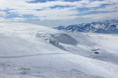 La visión desde Klein Cervino 3.883 m muestra los picos más altos de las montañas suizas Valais, Switzerland Foto de archivo libre de regalías
