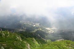 La visión desde las montañas al valle Fotografía de archivo