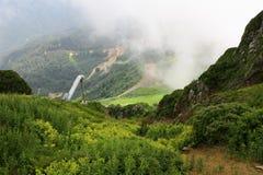 La visión desde las montañas al valle Imagen de archivo