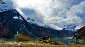 La visión desde las presas de Kaprun en Zell considera Fotografía de archivo