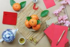 La visión superior tiró de fondo del Año Nuevo chino de la decoración del arreglo y del concepto del festival lunar Imágenes de archivo libres de regalías