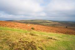 La visión a través de Dartmoor y Devon del sur costean de Haytor Fotos de archivo libres de regalías