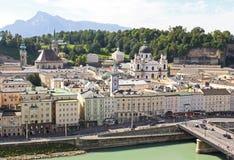 La vista aérea de la ciudad de Salzburg, Austria Fotografía de archivo
