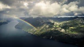 La vista aerea da parla monotonamente il lysefjord strabiliante immagine stock libera da diritti
