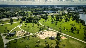 La vista aerea da parla monotonamente il parco verde immagini stock