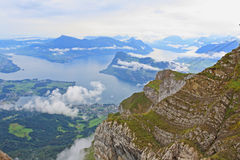 La vista aerea dalla parte superiore di Pilatus Fotografie Stock