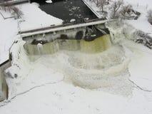La vista aerea di Rideau cade in inverno. Immagini Stock Libere da Diritti