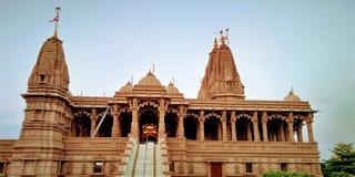 La vista antica di tempo di giorno del tempio narayan dei swami fotografia stock libera da diritti