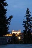 La vista da Slavin sul castello di Bratislava Immagini Stock Libere da Diritti