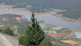 La vista dal langbiang della montagna stock footage