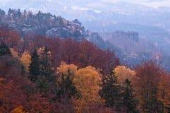 La vista dal vyhlidka di Vilemina trascura, la Svizzera della Boemia, repubblica Ceca Fotografia Stock