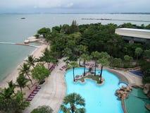 La vista dalla località di soggiorno Pattaya di vista del mare del giardino del tetto Immagine Stock