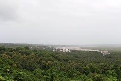 La vista de Goa viejo Goa Velha según lo visto de la colina del Chu fotos de archivo libres de regalías