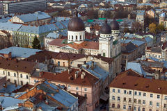 La vista de la catedral en la ciudad Lviv, Ucrania imágenes de archivo libres de regalías