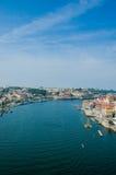 La vista de la ciudad de Oporto el día de verano Imagenes de archivo
