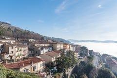 La vista de la ciudad de Toscana de Cortona Imagenes de archivo