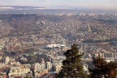 La vista de Tbilisi en invierno, Georgia Imagen de archivo libre de regalías
