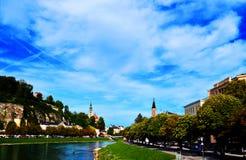 La vista del centro de Salzburg en Austria Foto de archivo