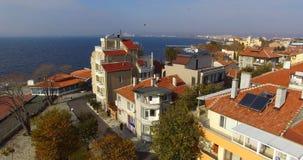 La vista del centro turístico Pomorie y el Burgas aúlla en Bulgaria Imagen de archivo libre de regalías