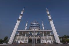 La vista della moschea di Sultan Salahuddin Abdul Aziz Shah è la moschea dello stato di Selangor, Malesia Fotografie Stock Libere da Diritti
