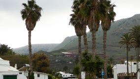 La vista della via della città di Haria, Lanzarote è fotografia stock libera da diritti