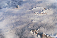 La vista delle alpi in Austria da un aeroplano Fotografie Stock Libere da Diritti