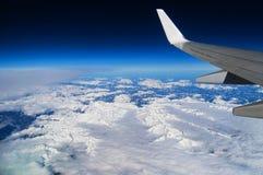 La vista delle alpi in Austria da un aeroplano Fotografia Stock Libera da Diritti