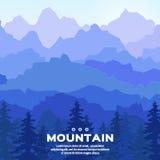 La vista delle montagne blu ha riflesso nell'acqua Paesaggio della montagna Fotografie Stock Libere da Diritti