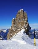 La vista di catena montuosa innevata nelle alpi svizzere monta Titlis, Engelberg, Svizzera Immagine Stock Libera da Diritti