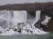 La vista di Niagra cade nell'inverno Fotografia Stock