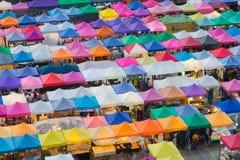 La vista di occhio di uccello dei colori multipli copre la cima Fotografia Stock Libera da Diritti