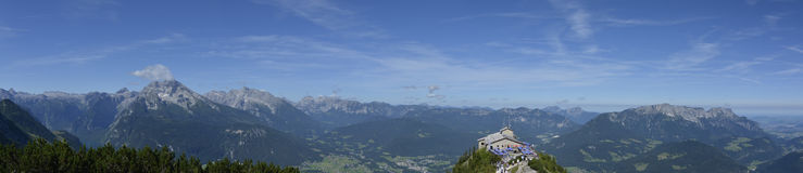 La vista di panorama di Konigsee e di Berchtesgaden da Kehlsteinhaus completa Immagine Stock Libera da Diritti