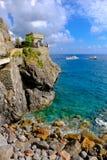 La vista imponente del cristal riega la bahía en yegua del al de Monterosso Fotografía de archivo