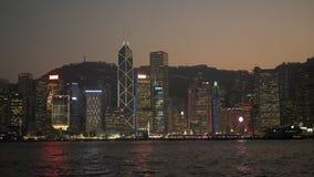 la vista nocturna de Victoria Harbour imagen de archivo libre de regalías