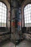 La vista panoramica del sito di impianto industriale vuoto al giorno d'oggi colloca per le riunioni e le esposizioni OGR fotografie stock