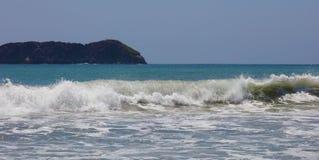 La vista panoramica della spiaggia del parco nazionale di Manuel Antonio in Costa Rica, la maggior parte di belle spiagge nel mon Immagine Stock Libera da Diritti