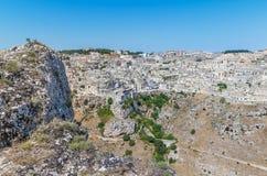 La vista panoramica delle pietre tipiche alloggia Sassi di Matera della capitale europea dell'Unesco di Matera di cultura 2019 so Fotografie Stock Libere da Diritti