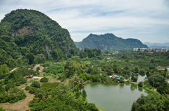 La vista rural de Tambun, Ipoh, Malasia Imagen de archivo libre de regalías