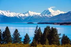 La vista scenica del lago Pukaki e Mt cucina, la Nuova Zelanda Fotografie Stock