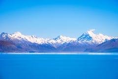 La vista scenica del lago Pukaki e Mt cucina, la Nuova Zelanda Fotografia Stock