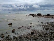 La vista sul mare della spiaggia Fotografia Stock Libera da Diritti