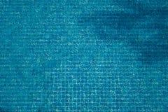 Piscina blu del mosaico con chiara acqua. cenni storici. immagine