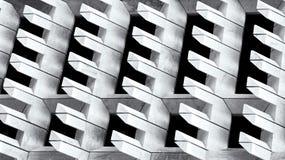 La vista urbana della città, l'edificio urbano, dettagli dell'architettura e spezzetta in bianco e nero, sviluppando il frammento Immagini Stock