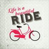 La vita è un bello giro su una bicicletta fotografie stock
