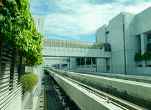 La voie ferroviaire à l'aéroport de Changi à Singapour Photo libre de droits