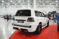 La voiture adaptée aux besoins du client de Lexus LX 570 URJ200 à une exposition dans le ` d'expo de crocus de `, 2012 moscou Image stock