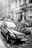 La voiture de luxe de Mercedes-Benz CLS a garé sur une rue dans les Frances Images libres de droits